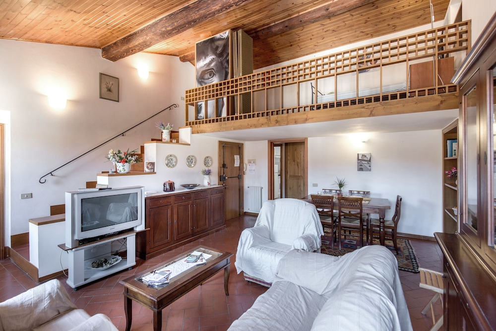 Via Ricasoli Apartment, Florence