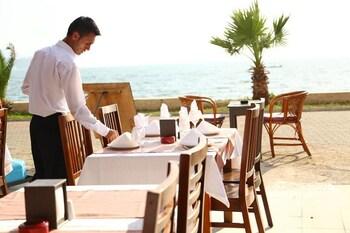 Introduce sus fechas y vea precios de hoteles última hora en Fethiye