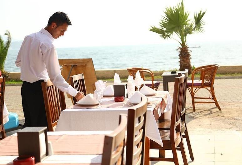 Yasemin Hotel, Fethiye, Açık Havada Yemek