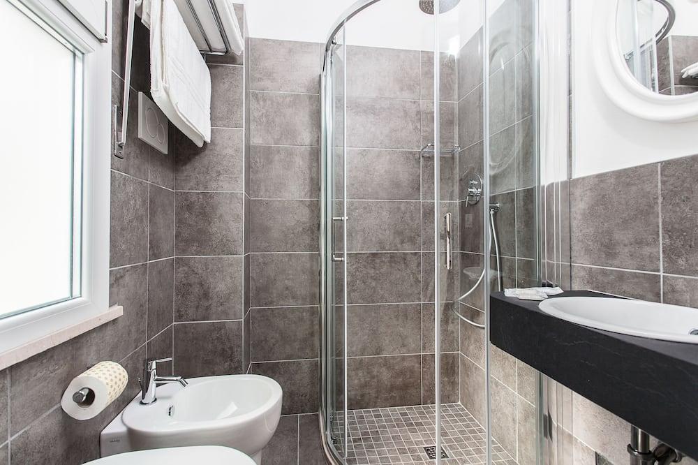 Double Room Single Use, 1 Bedroom - Bathroom