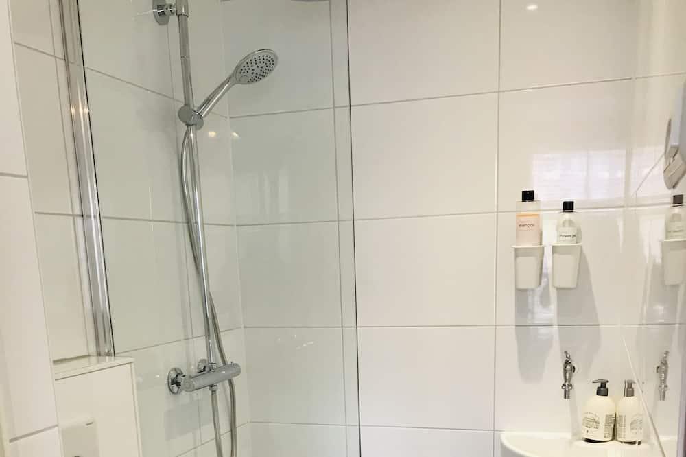 Economy Single Room, 1 Single Bed, Private Bathroom - Bathroom