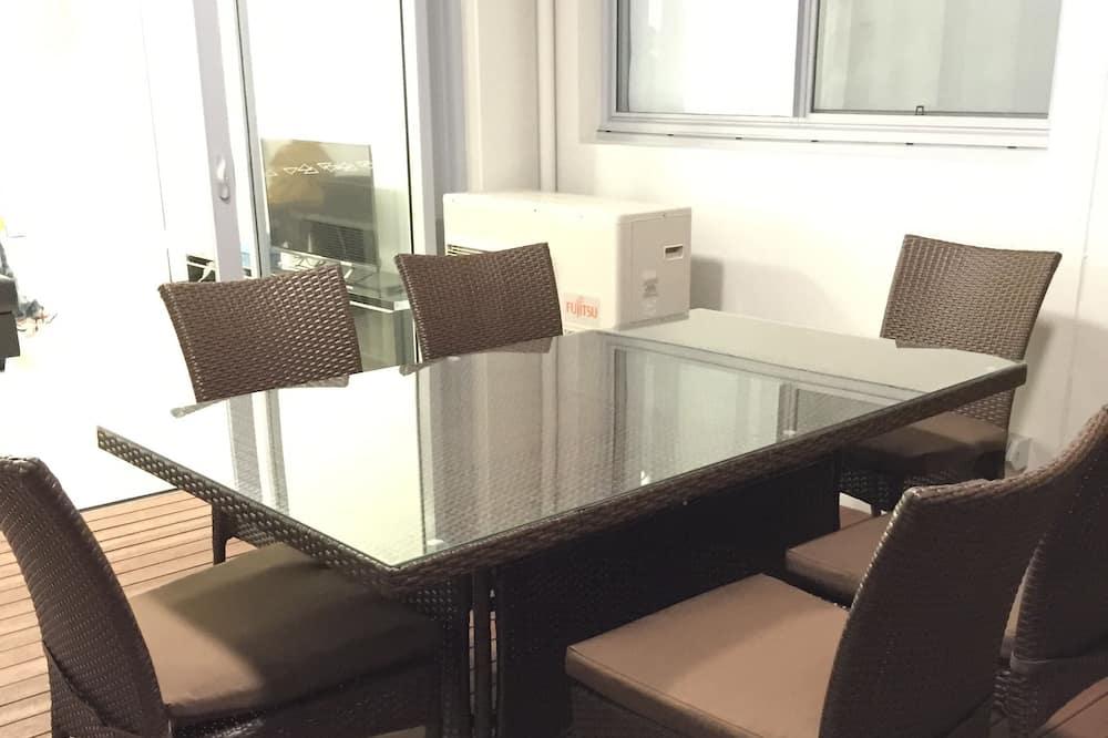 Διαμέρισμα, 4 Υπνοδωμάτια - Γεύματα στο δωμάτιο