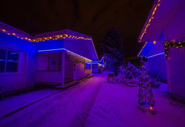LOMAVEKARIT, Rovaniemi, Property Grounds