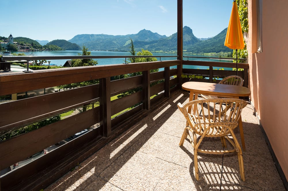 Panoramic Apartment, 1 Queen Bed, Balcony, Lakeside - Balcony