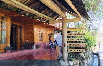 Fotografia do H'mong Stilt House em Sa Pả