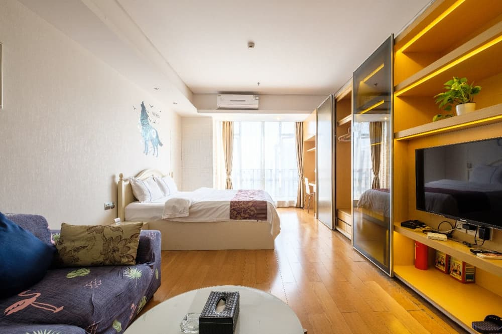 Premium Room - Living Room