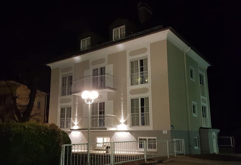 The Little Guesthouse Salzburg, Salisburgo, Facciata hotel (sera/notte)