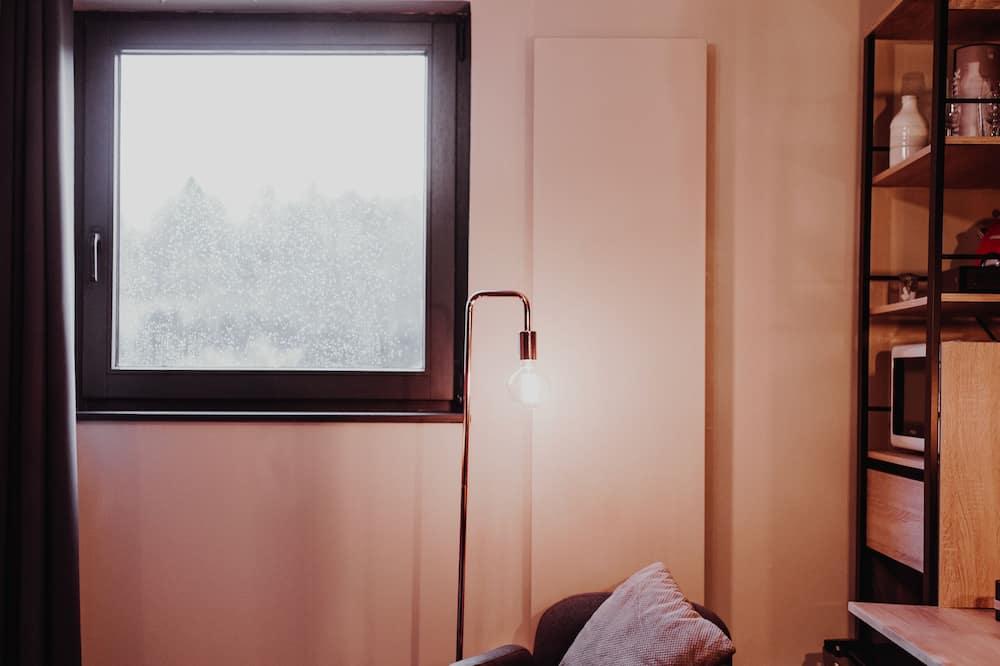 Tweepersoonskamer, bubbelbad - Woonruimte