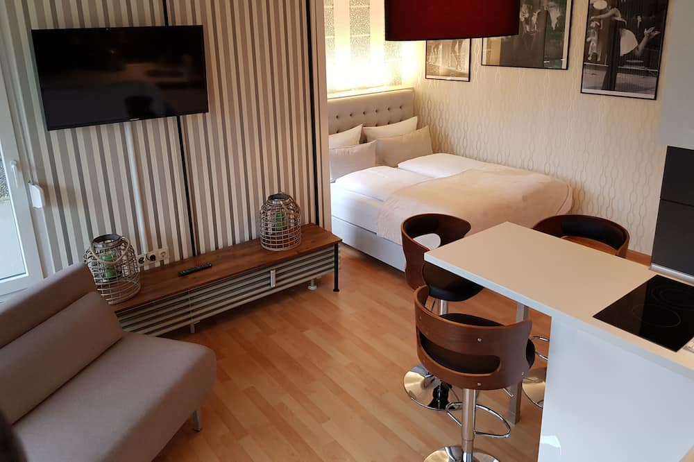 Apartment (incl. 35 EUR cleaning fee) - Living Room