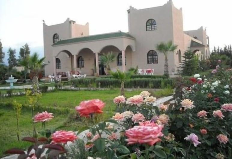 Riad Qodwa, Sidi Abdallah Ghiat, Viešbučio fasadas