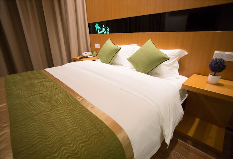 Vatica ShangHai International Tourist Resort Huaxia(E)Road Metro Station Hotel, Shanghai, Standard Double Room, Guest Room
