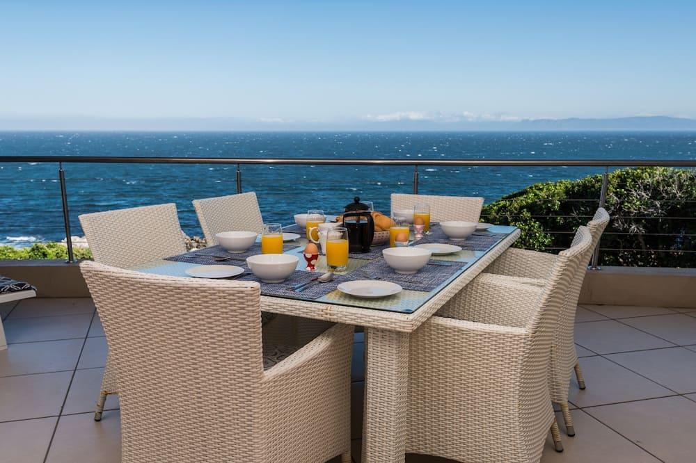 Deluxe Διαμέρισμα, 3 Υπνοδωμάτια, Θέα στη Θάλασσα, Θέα στη Θάλασσα - Μπαλκόνι