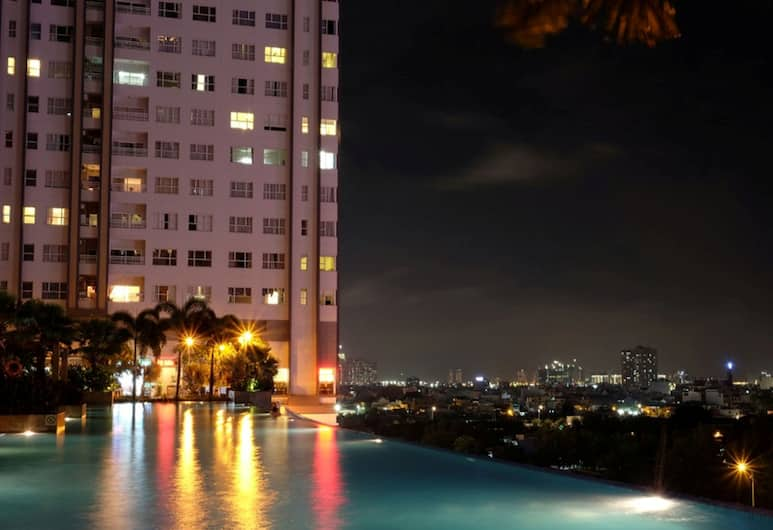 Sunrise City 2BR Luxury SWPool 30th, Ho Chi Minh City, Outdoor Pool