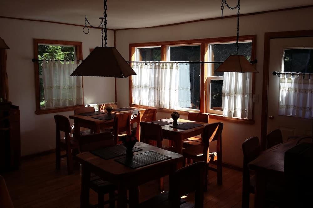 Hommikusöögi ruum