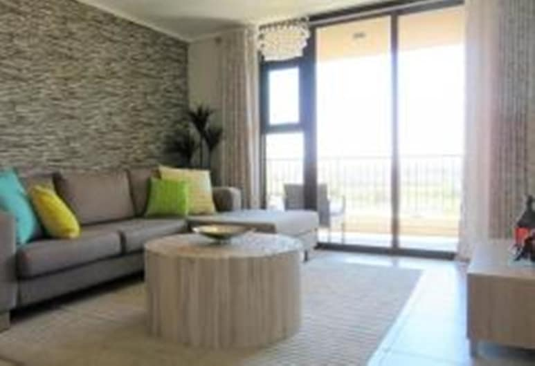 Waters Edge 615 by CTHA, Cape Town