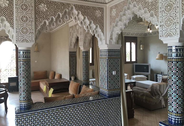 Beach Side Luxurious Villa Ref1098 , Agadir, Villa, Sala de estar