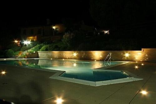 瓦貝山農莊飯店/