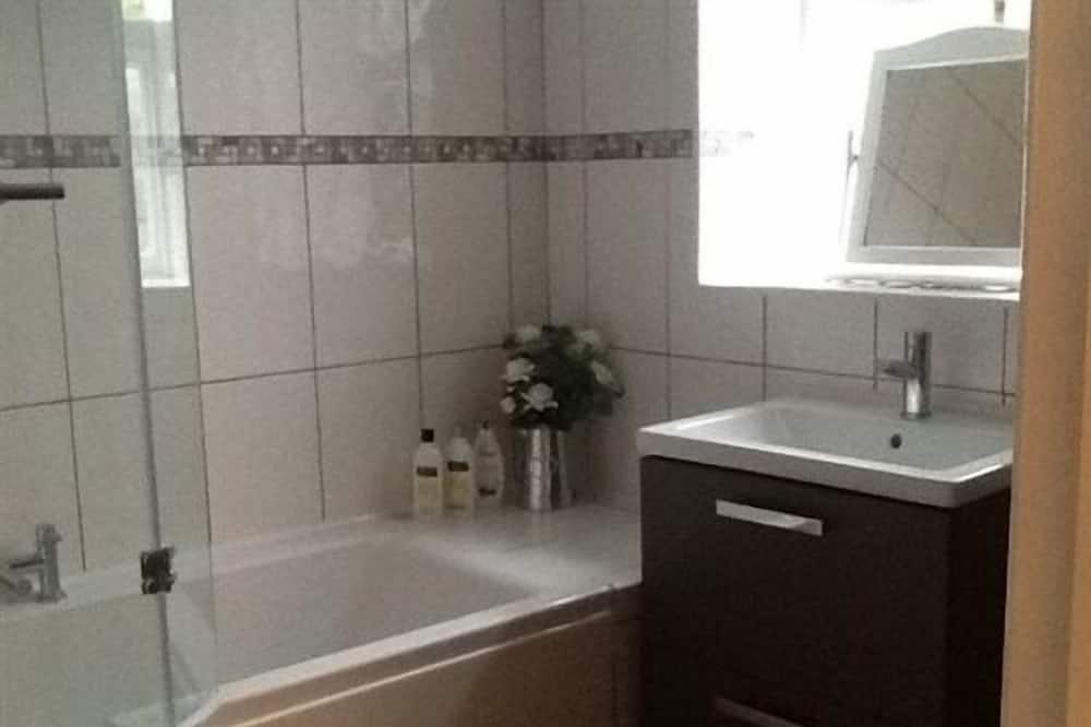 Luxury House, Ensuite - Bathroom