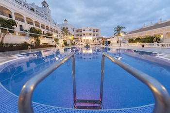 Book this Gym Hotel in Arona