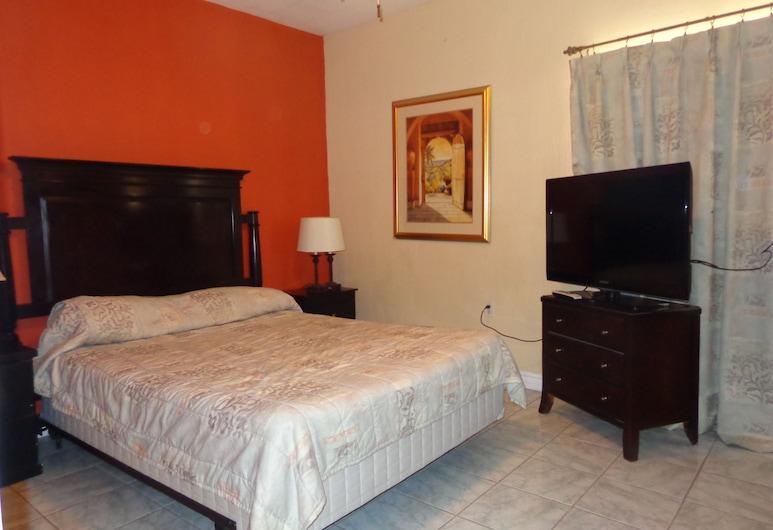 Hotel Suites Las Misiones, Ciudad Juarez, Family Room, 1 Bedroom, Kitchen, City View, Room