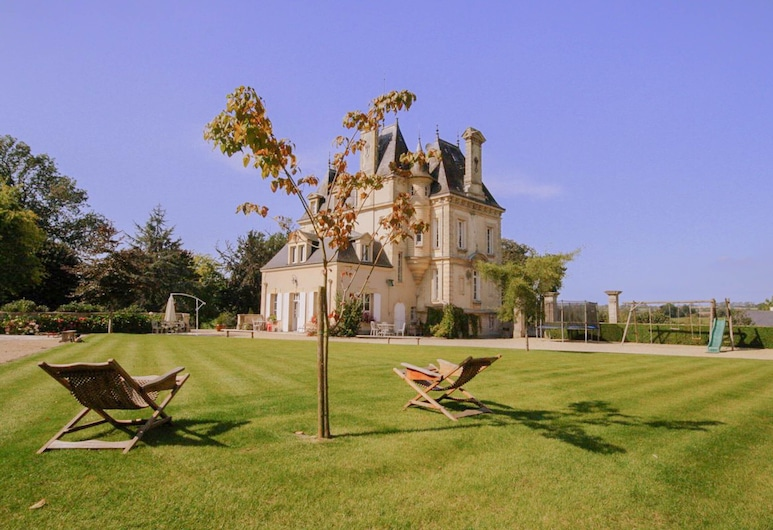 Confirmed Instant Book: Chateau de la Paix With Heated Pool Near D-day!, Mosles