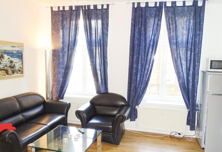 2 Bedroom Accommodation in Wismar, Wismar, Living Room
