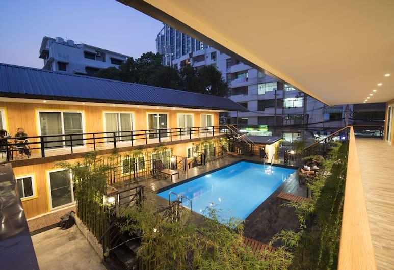 Resort M - MRT Huai Kwang, Bangkok