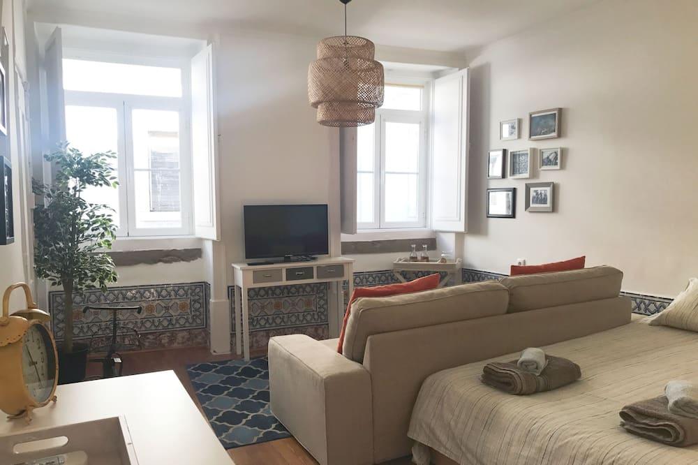 Apartment, 1 Bedroom (R. do Diário de Notícias 41 2nd Floor) - Living Area