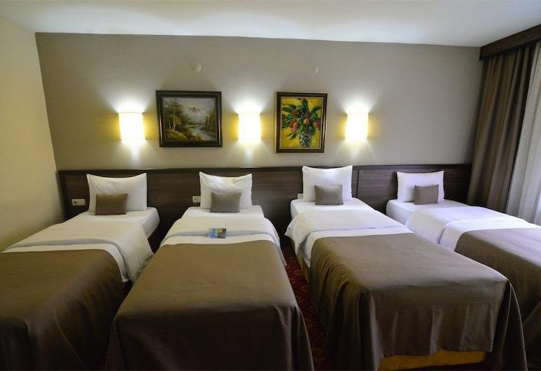 Hizel Hotel, Duzce, Quadruple Room, Guest Room