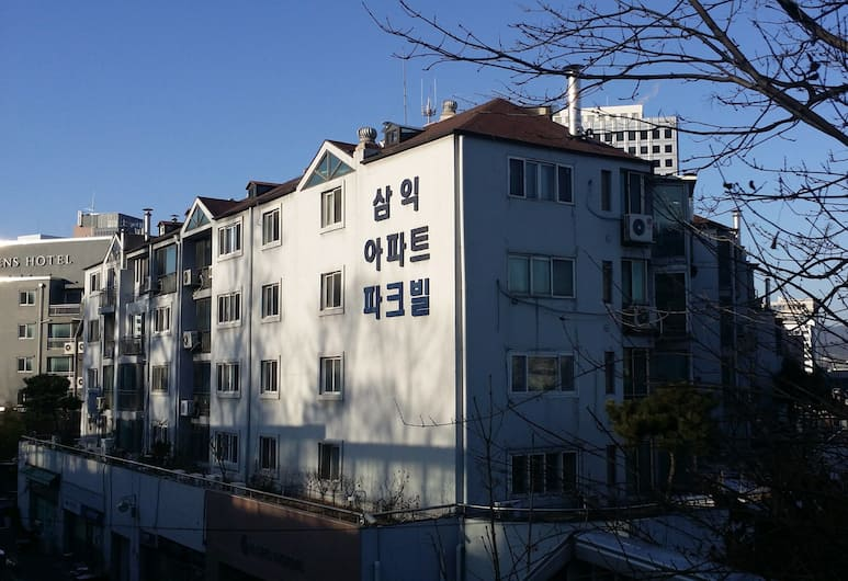 HD condo, Seoul, Front of property