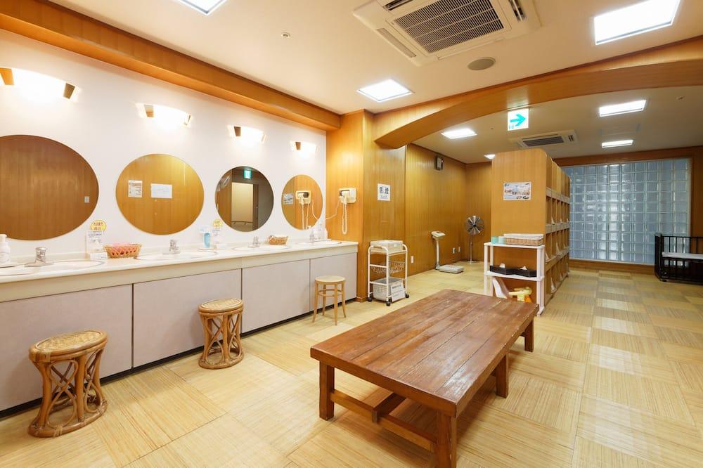 Japanese Style Room, Non Smoking - Shared bathroom