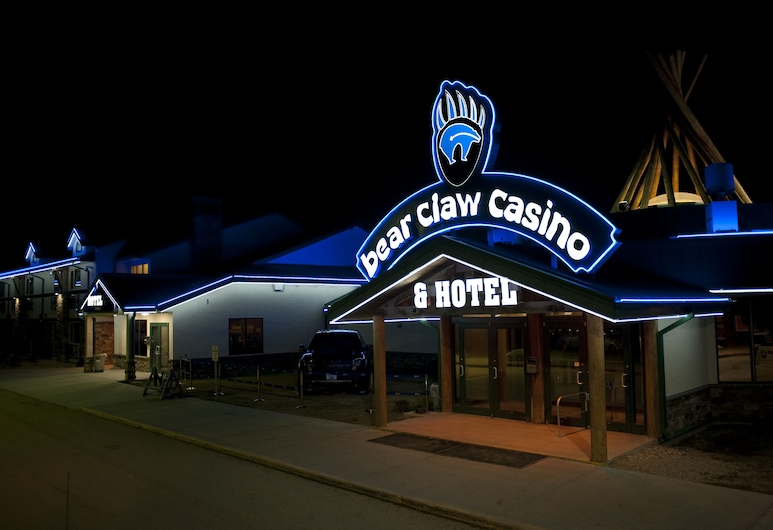 Bear Claw Casino & Hotel, Carlyle