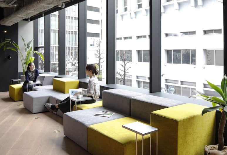 The Millennials Shibuya, Tokio, Poczekalnia w holu