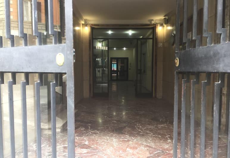 Sofia Holiday Home, Roma, Ingresso della struttura