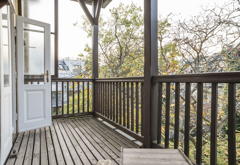 Silent Paradise Ober St Veit by Welcome2Vienna, Viena, Apartamento (Cleaning Fee Included), Varanda