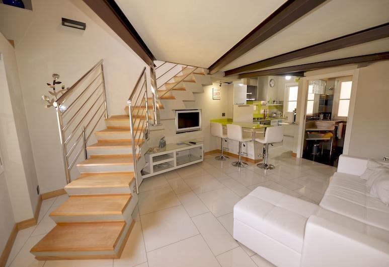 Casa Scurone 10 - WelcHome, Cannobio, Apartment, 1 Schlafzimmer, Wohnbereich