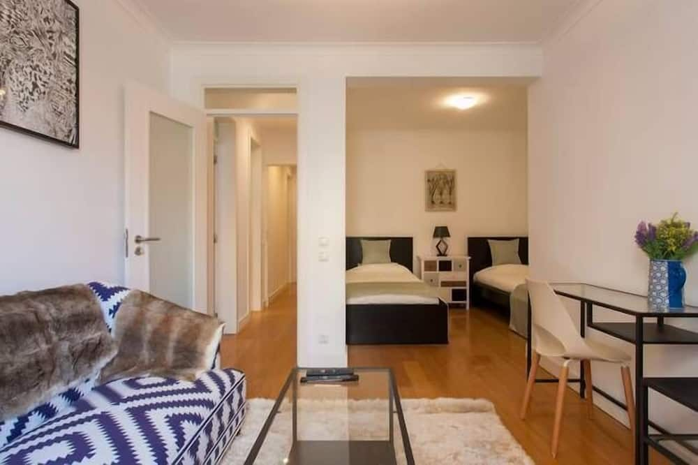 Apartment, 2 Bedrooms (D - 4th floor) - Living Area