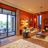Luxury Villa, Mountain View (6 Suites Luxe) - Living Area