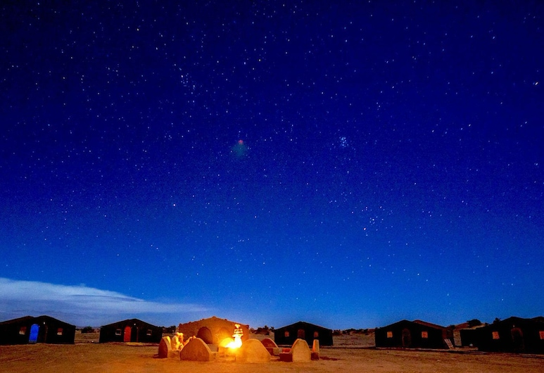 Reve Sahara Camp, M'Hamid El Ghizlane, Façade de l'hôtel - Soir/Nuit