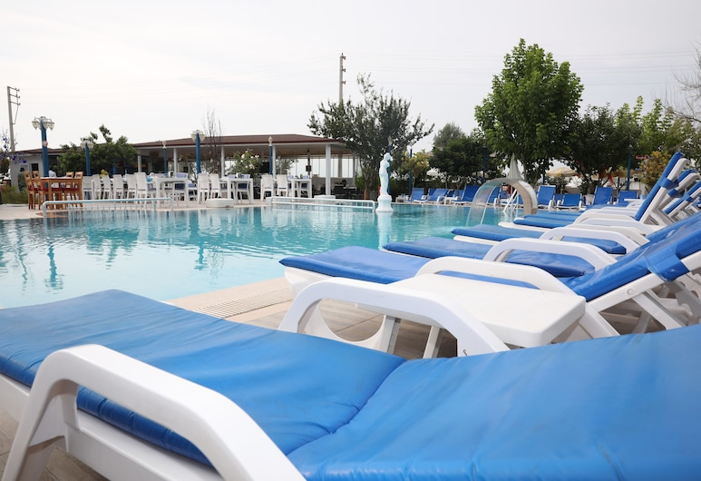 Mavi Restaurant & Bistro, Didim, Outdoor Pool