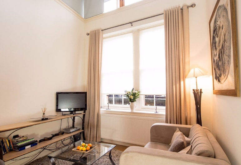 The Studio at Lynedoch Place lane, Edinburgh, Studio, 1 King Bed, Living Area