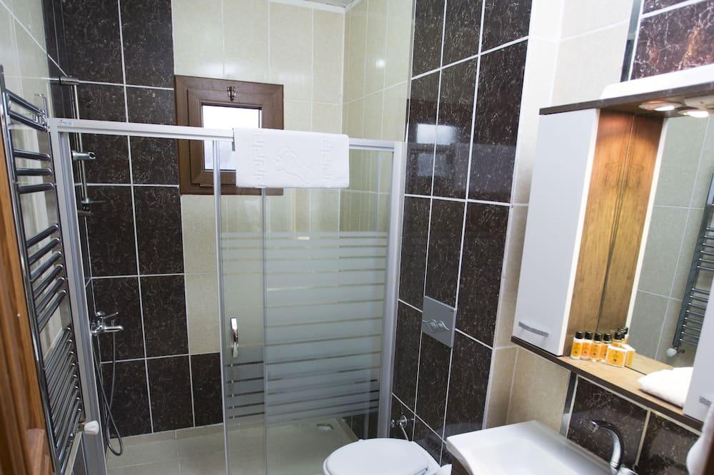 Traditional Shared Dormitory, Mixed Dorm, Smoking - Bathroom