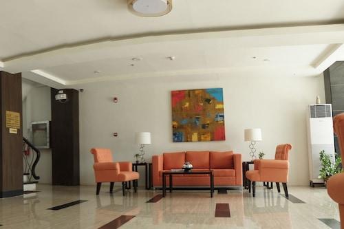 頂星酒店/