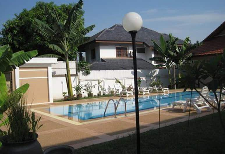 Vikeo Villas Serviced Apartments, Vientiane, Studio, Pool View, View from room