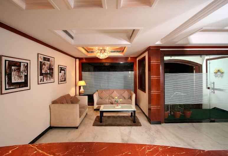 Grand President New Delhi, New Delhi, Lobby Sitting Area