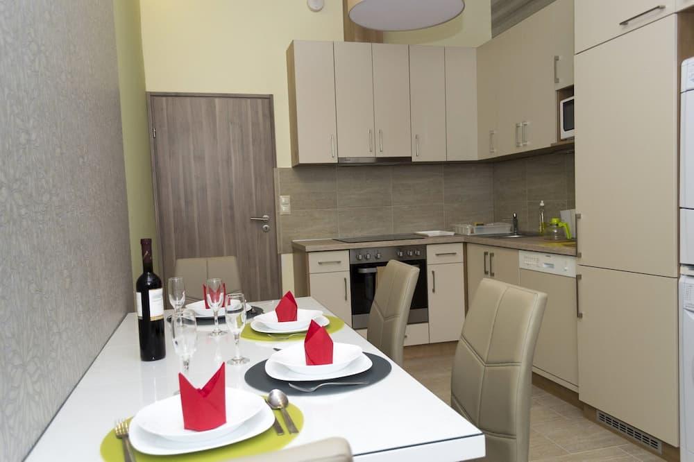 חדר יחיד - מטבח משותף