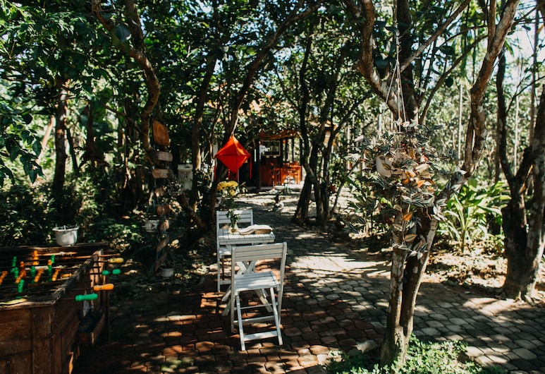 Thuy Bieu Homestay, Hue, Outdoor Dining