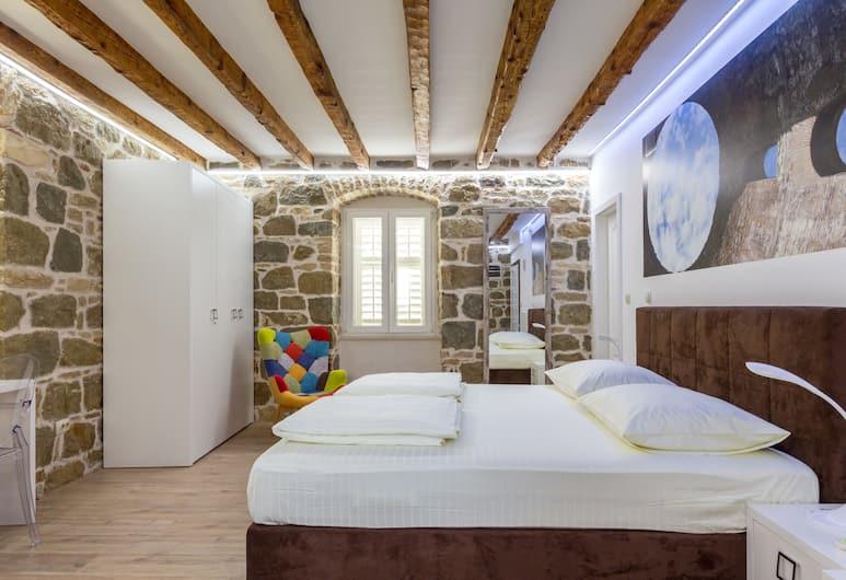 Guesthouse Imperator, Split, Studio Apartment (Kaciceva 9), Oda