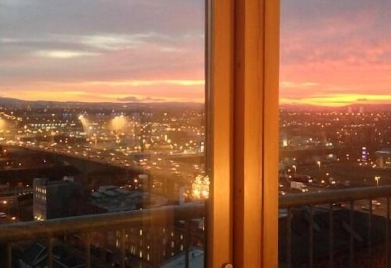 Suite 16 Glasgow, Glasgow