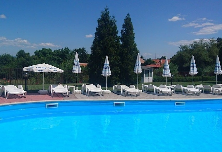 Bankya Palace, Sofia, Outdoor Pool